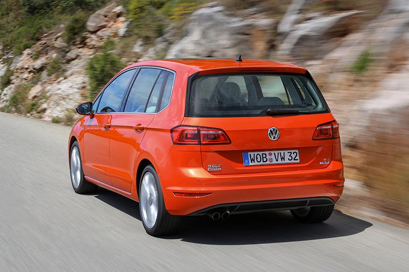 VW Sportsvan hinten Internet