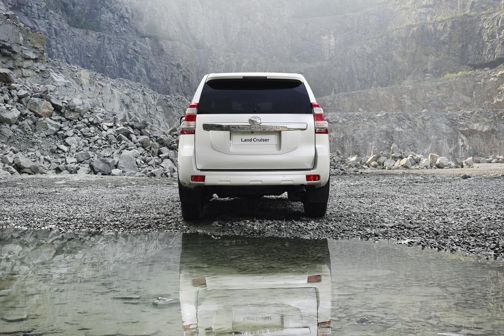 ppe DHB online 20140205 Toyota Land Cruiser 3